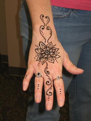 Фотографии и эскизы татуировок хной